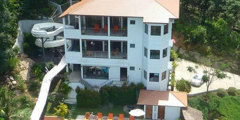 Villas de alquiler con piscinas de lujo for Casas de alquiler de verano con piscina