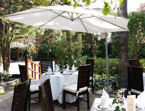 Picar entre flores for Restaurant jardin thai
