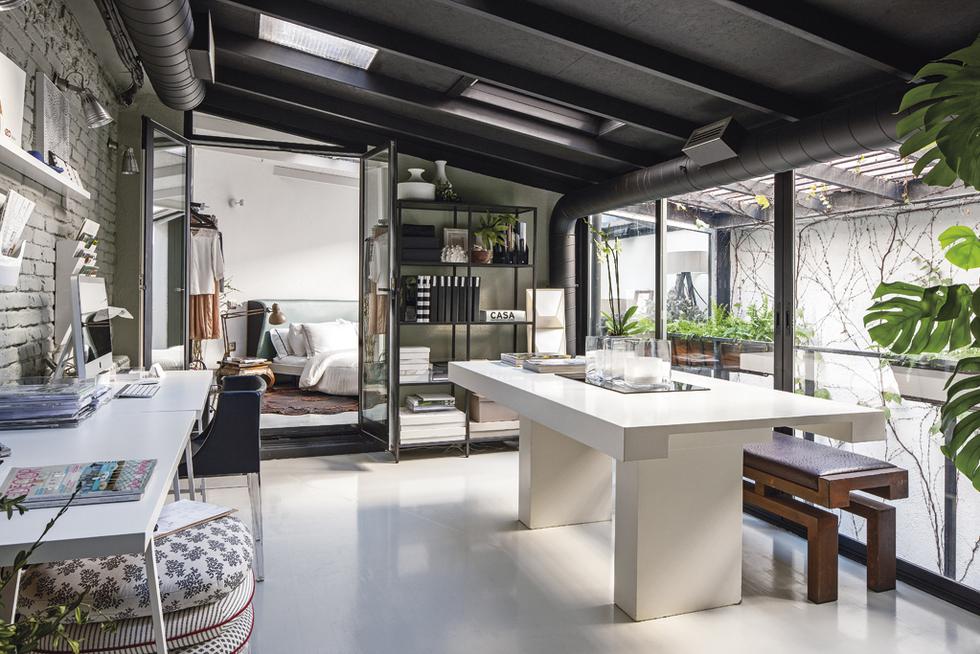 Despacho en el loft de diseño