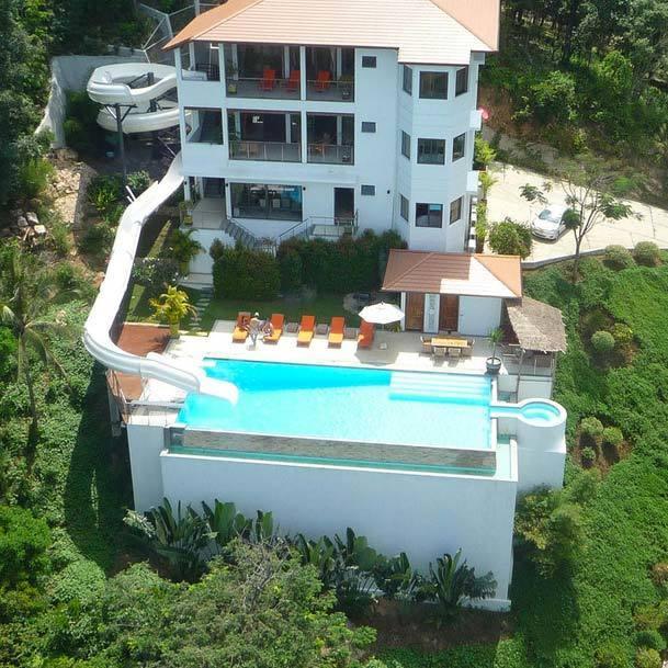 Villas de alquiler con piscinas de lujo for Casas con piscinas fotos